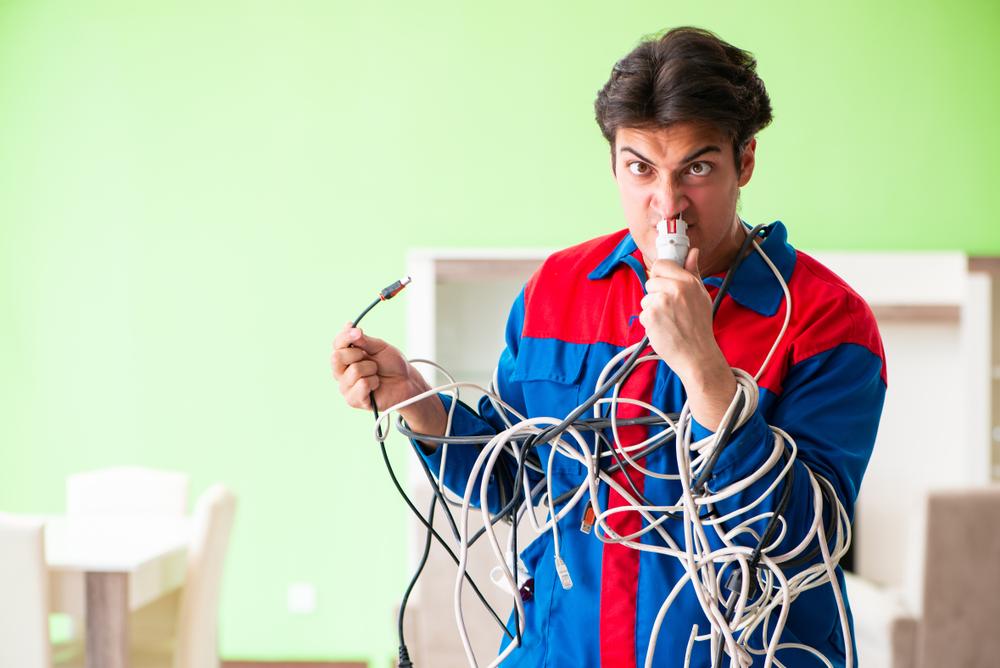 Que faire et qui contacter en cas de problème ou de questions lié à son électricité ?