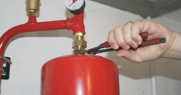 Comment recharger le vase d'expansion sur une chaudière à eau chaude